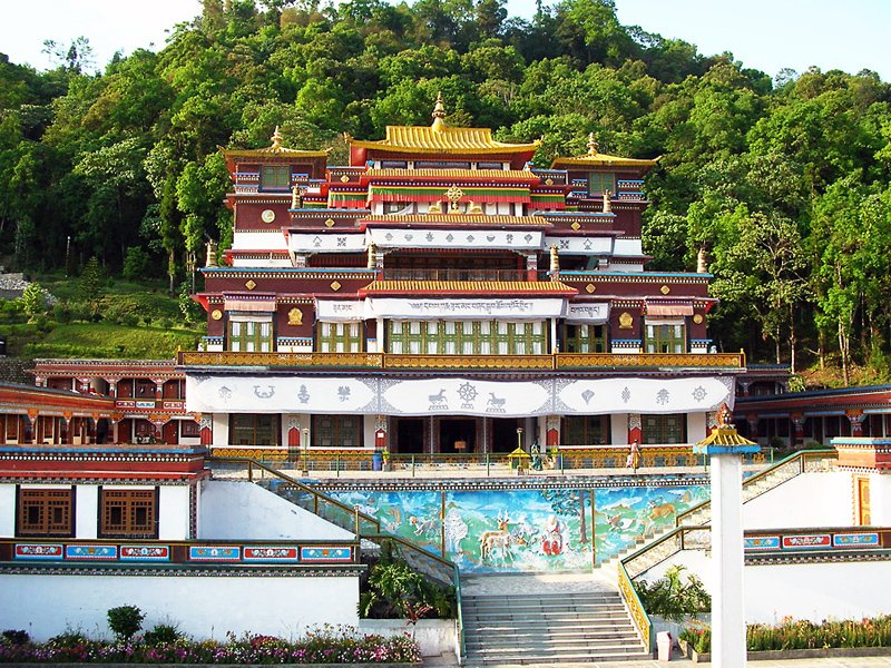 east-sikkim-tourism-places-to-visit-in-rumtek-dharma-chakra-centre