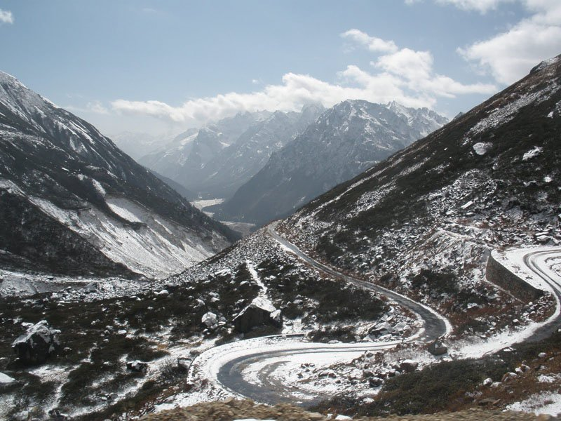 north-sikkim-tourism-places-to-visit-in-yumthang